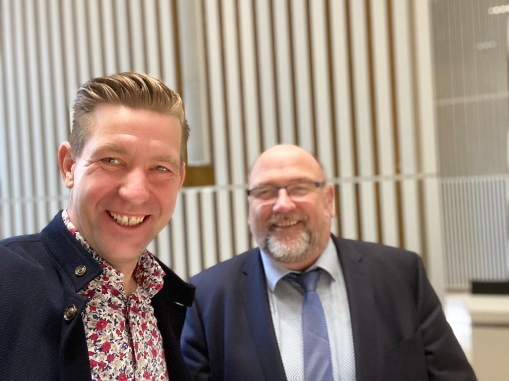 Beschlossene Sache: Wirtschaftsminister Harry Glawe sicherte der Schule Domsühl Fördermittel zu